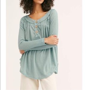 We The Free•Must Have Thermal Button Henley NWT!